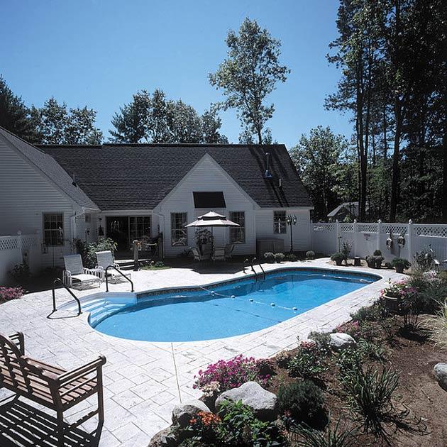 Monarch Pools & Spas